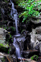 Waterfall_near_Zojoji_Temple_sm